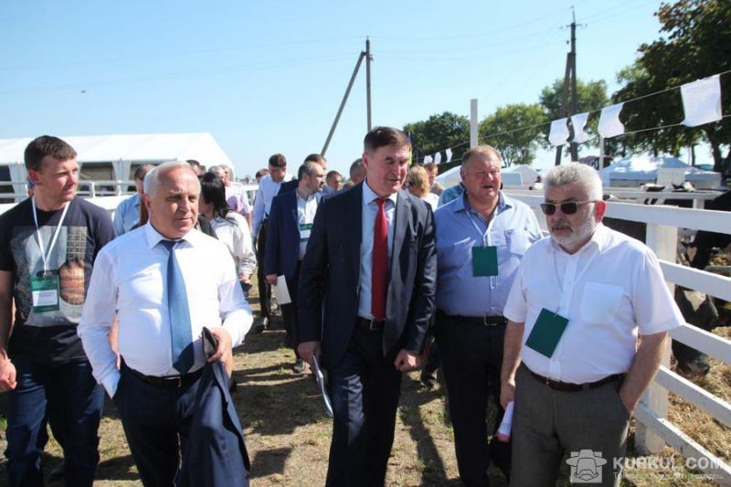 ДП ДГ «Шевченківське» разом з НААН провели ярмарок для фермерів