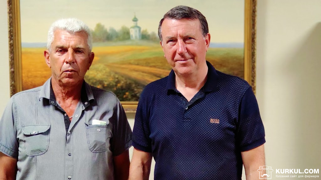 На фото праворуч: Микола Купреєв, директор господарства ТОВ СП «Мелихівське»