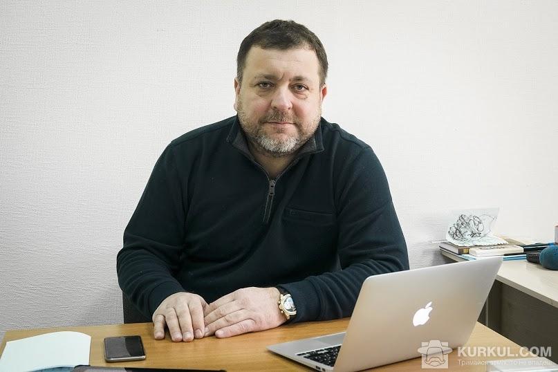 Михайло Микитюк на робочому місці