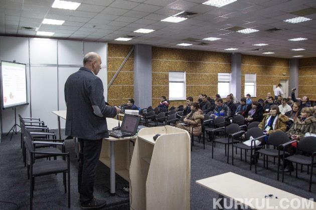 Юрій Підлужний на конференції