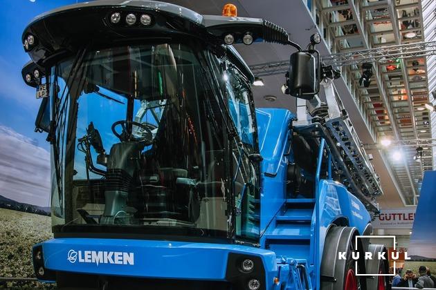 Самохідний обприскувач Lemken Nova 14