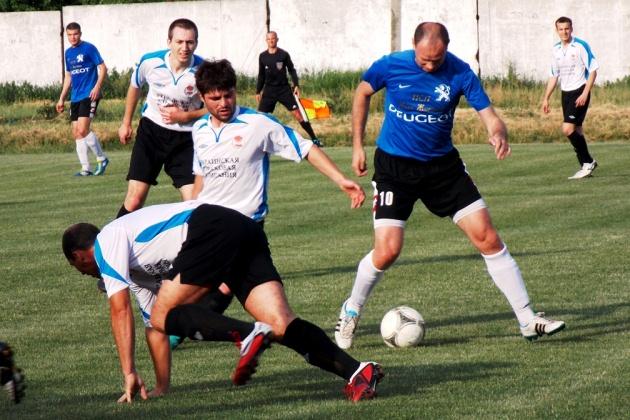 Матч між клубами Нове життя та УСК-Рубін