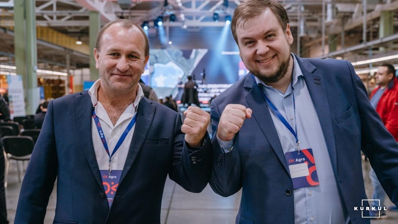 Михайло Сербін (ліворуч), директор холдингу Grano Group та генеральний директор компанії AgroOnline Максим Єлісєєв (праворуч)